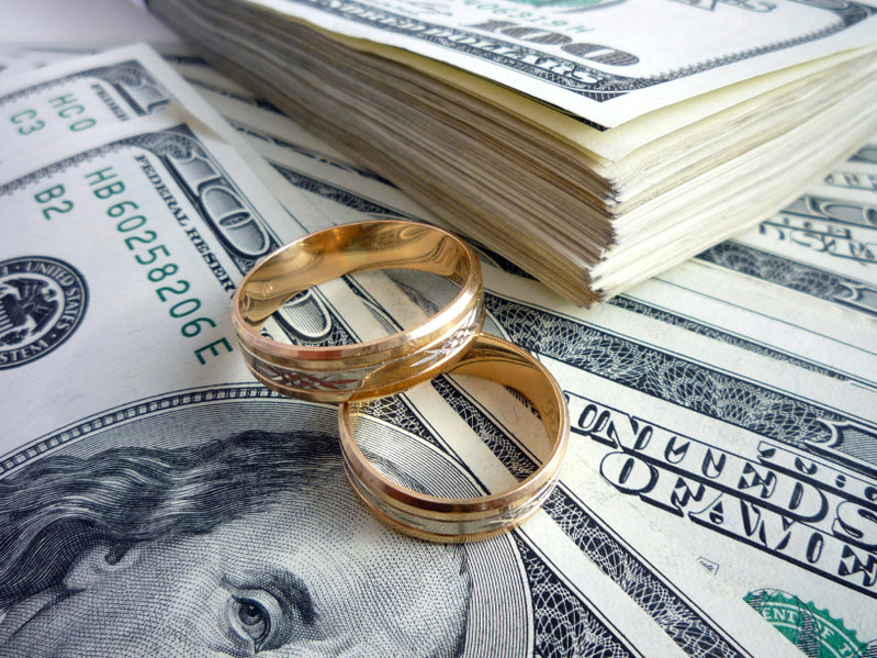 Couples and Finances – To Merge or Not to Merge?